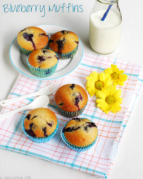 1-eggless-blueberry-muffins
