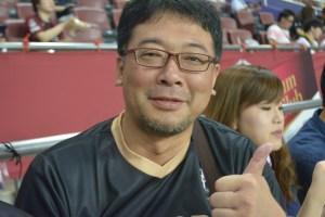 Toshiaki Ideguchi, who traveled to Kobe from Fukuoka Prefecture, predicted Podolski would score two goals.