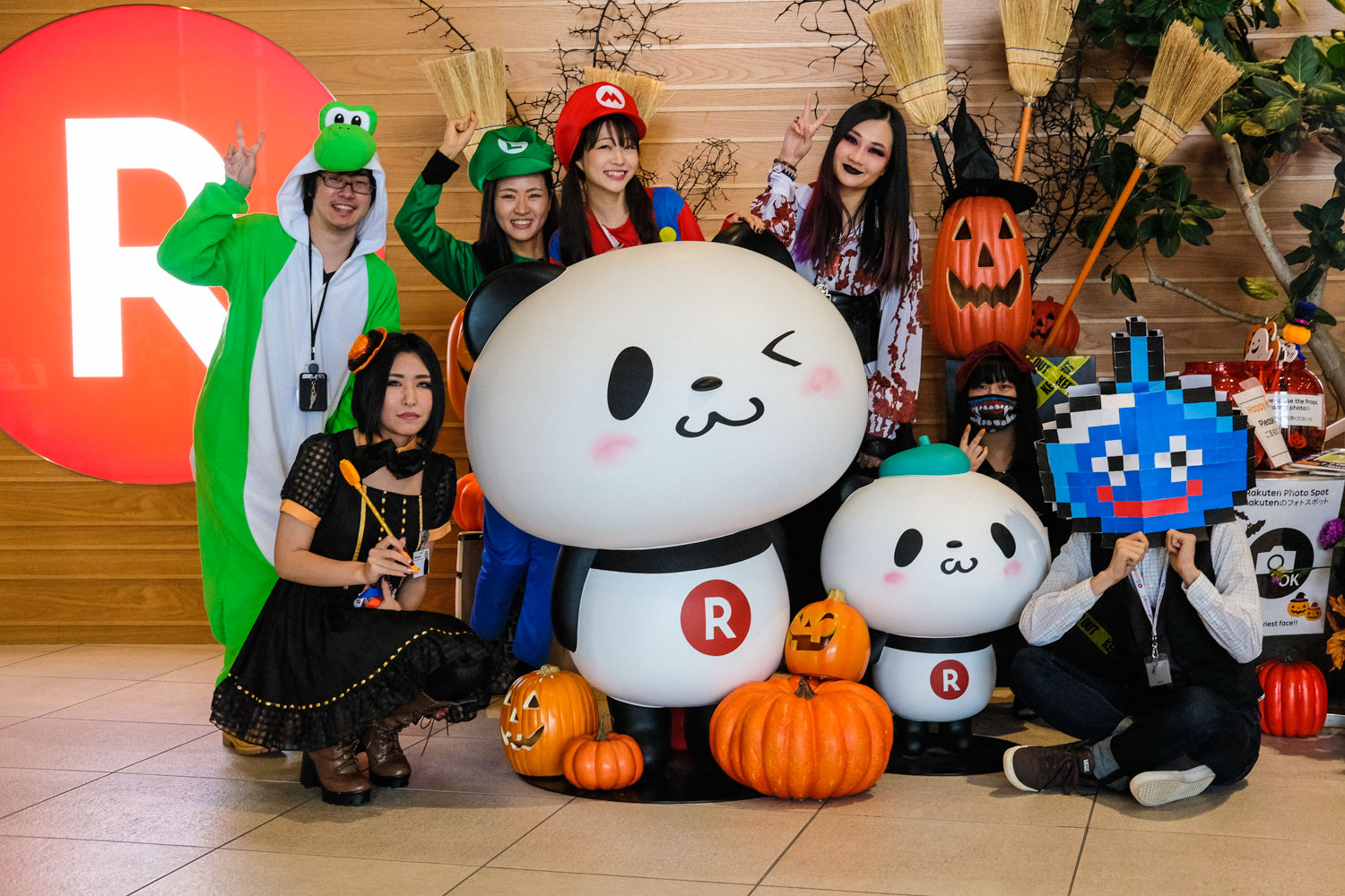 To celebrate Halloween, hundreds of employees dressed up, many in matching costumes. And, as is usually the case when it comes to Rakuten employees, they took the job extremely seriously. Above are some of the most remarkable looks from the day.