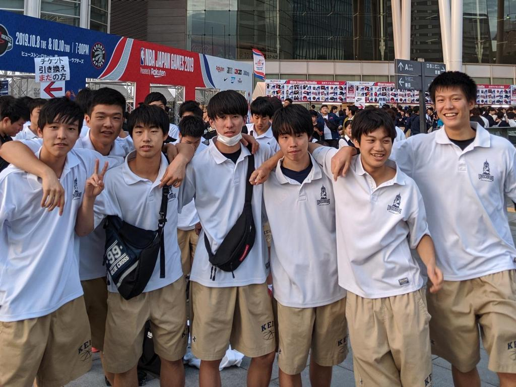 Keio Senior High School brought their entire basketball club to NBA Fan Night Japan.