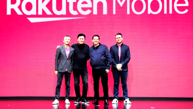 "Rakuten Mobile unveiled the details of its mobile plan today at a press conference in downtown Tokyo. Dubbed ""Rakuten UN-LIMIT,"" the new mobile carrier service plan is available for the industry-disrupting price of 2,980 yen per month."