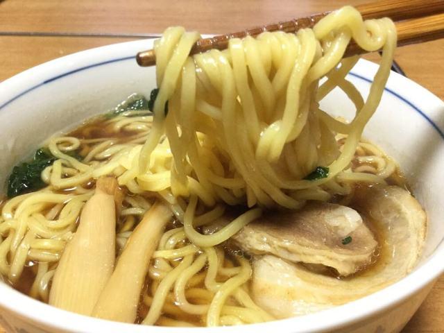 冷凍醤油ラーメン11