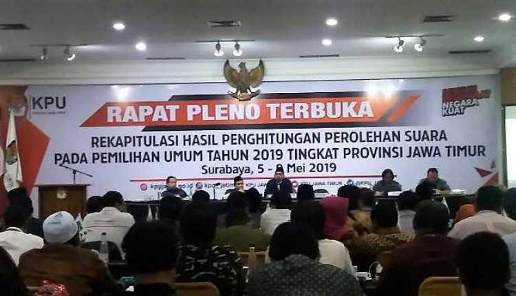 Rekapitulasi KPU Jatim Telah Rampung.