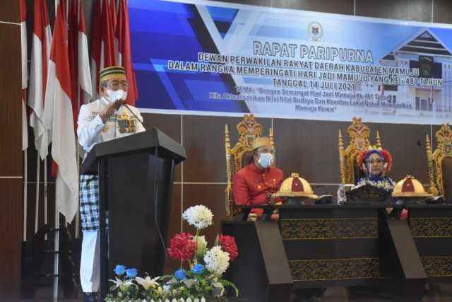 Gubernur Sulbar Ali Baal Masdar Saat Hadiri Peringatan HUT Mamuju Ke 481