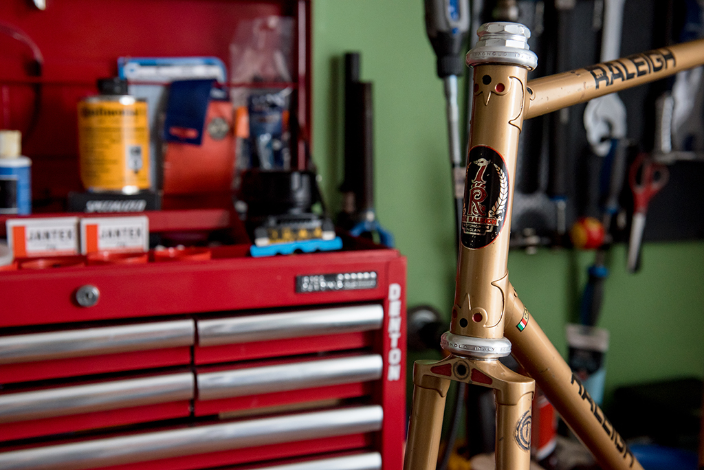SB664 1976 TI-Raleigh SBDU Ilkeston Reynolds 753 Carlton Capella Head Lugs Blog Header
