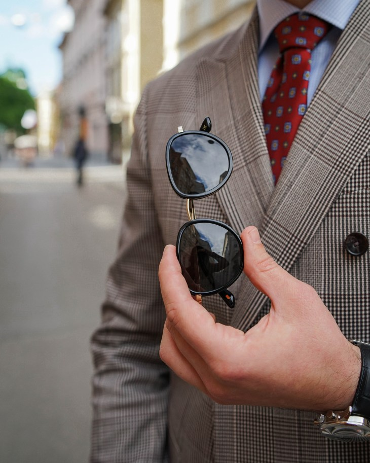 The gent style blogger, Rale Popic, men style, double breast blazer, loafers, Christopher cloos sunglasses