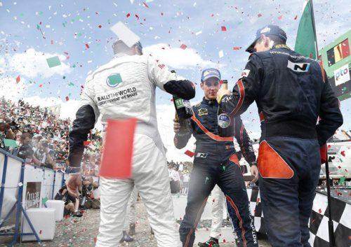 Thierry_Neuville_Mexico_Rally_Hyundai_i20_WRC_Podium_16