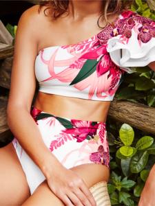 Costum de baie cu talie inalta, alb cu imprimeu flori tropicale