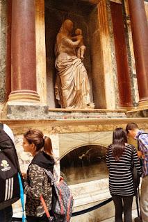 Pantheon Mormantul lui Raphael