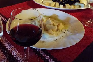 Pairing Cabernet Sauvignon + Grana Padano