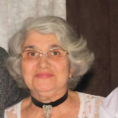 Sfaturi cu Farmec de la cel mai mare expert in frumusete, bunica