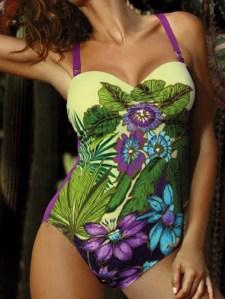 Costum de baie multicolor imprimeu flori tropicale cupe preformate