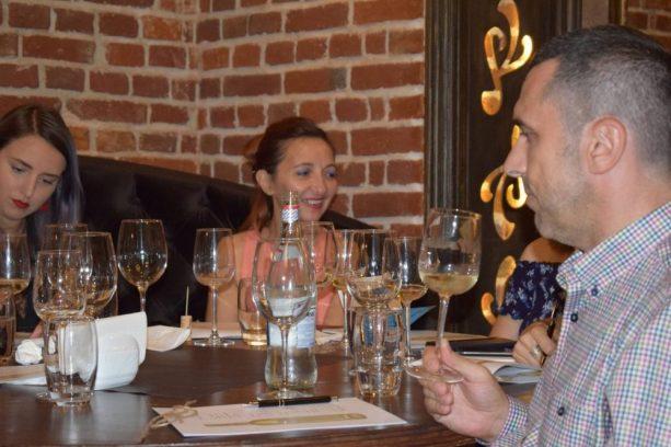 Jocul iubirii dintre Ice Wine si Grana Padano la 5 Continents! 11 - Copy
