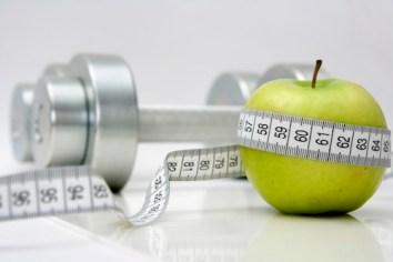 lose-weight-apple.jpg