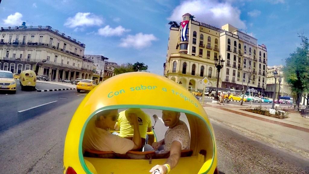 Los Coco Taxis de la Habana