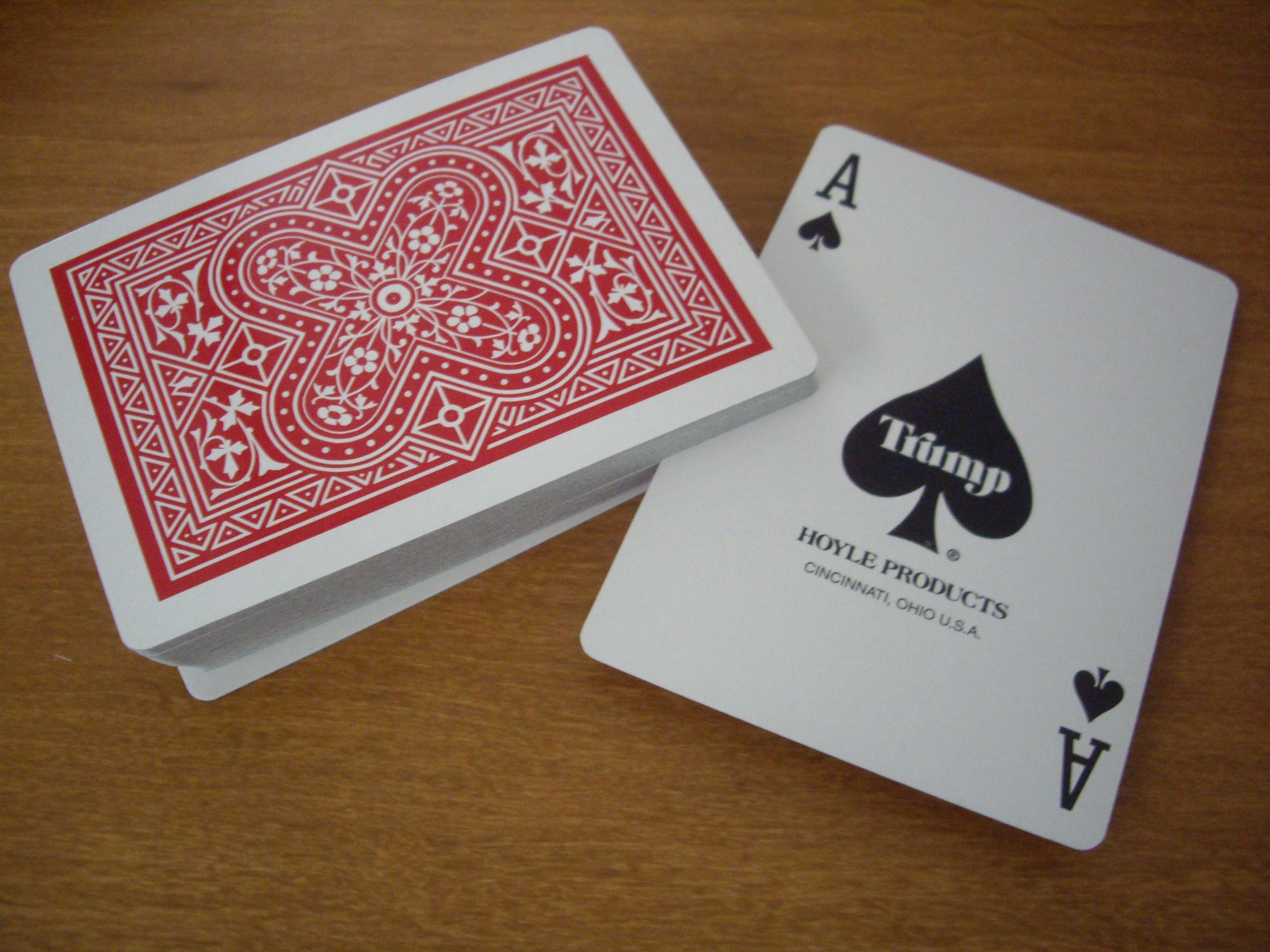Trump : Ace of Spades = Minimalistic
