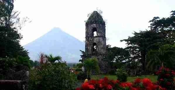 Cagsawa Church Ruins