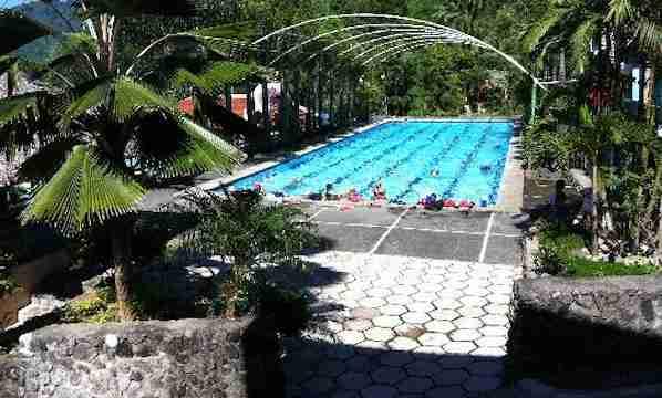 Asin Hot Springs in Baguio