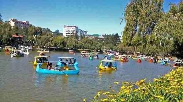 Burnham Park In Baguio