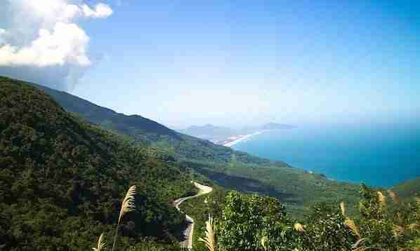 Hai Van Pass in Hue to Hoi an
