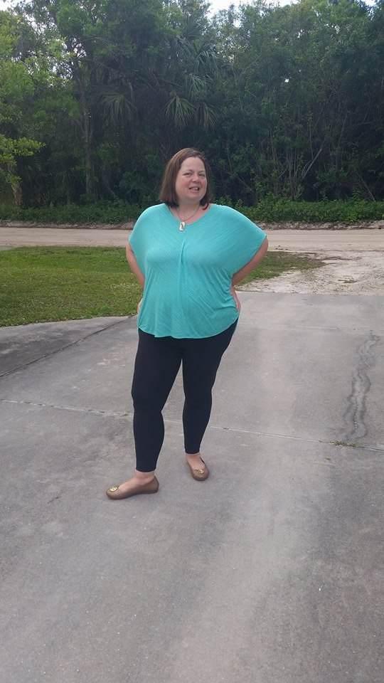 LuLaRoe consultant answers, 'Are leggings pants?' - Rambling