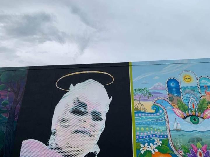 Lenendary drag queen Kelli Randell
