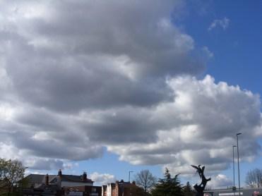 clouds-260416-a