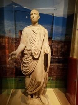 An amazing statue