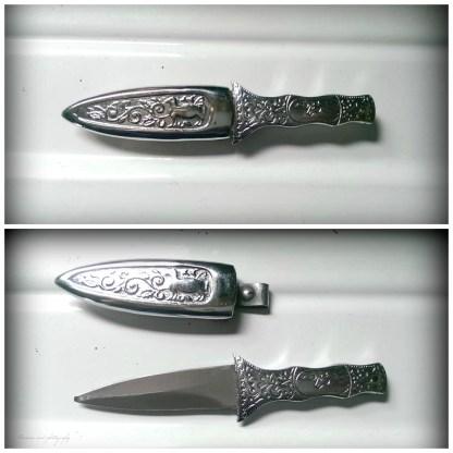 "6.5"" boot blade & sheath."