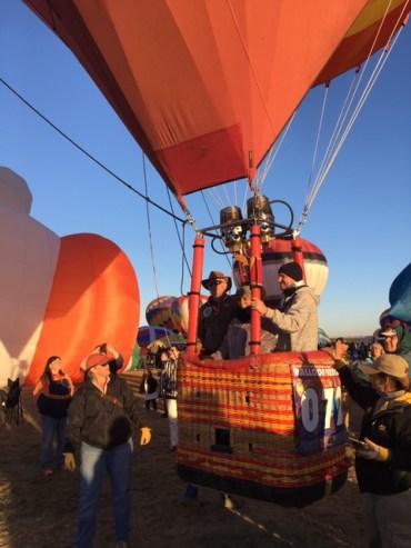 balloon-liftoff
