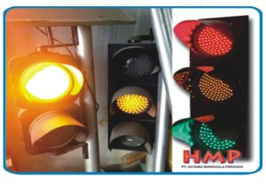 lampu-jalan-lalu-lintas-traffic-light-warning-light