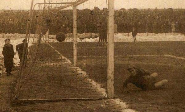 Giocando sotto le bombe (1939-1950)