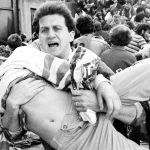 Una delle immagini simbolo della strage allo stadio Heysel di Bruxelles del 29 maggio 1985
