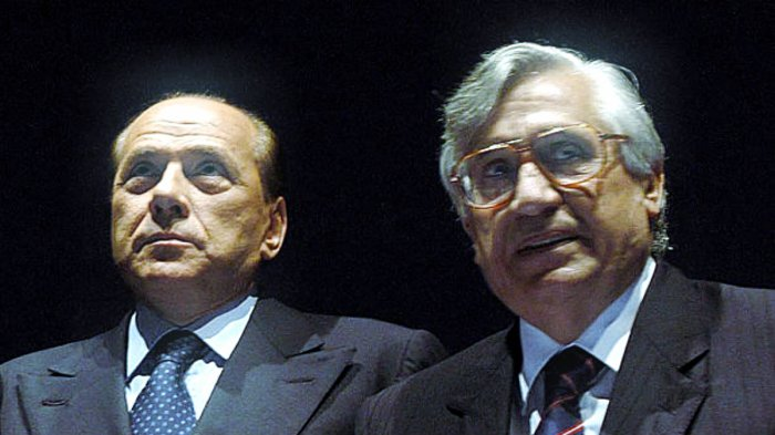 Il presidente del Consiglio, Silvio Berlusconi, e il governatore di Bankitalia, Antonio Fazio