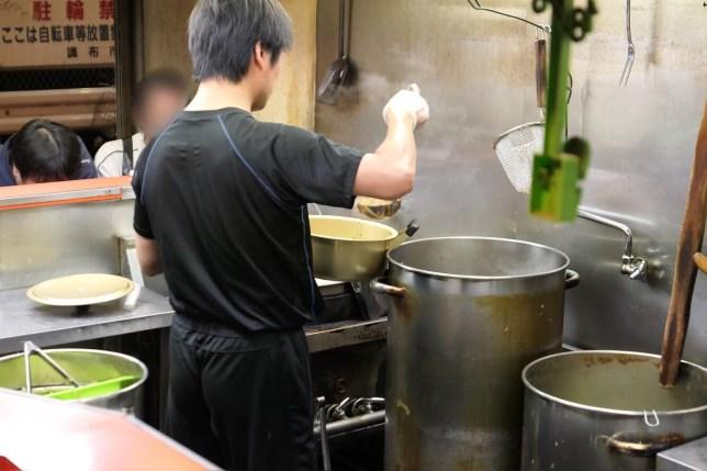 鍋二郎準備