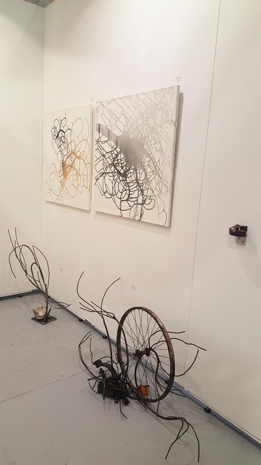 """New Modern Abstracts"" by Ramona Romanu, Öl auf Leinwand, je 80 x 80 cm"