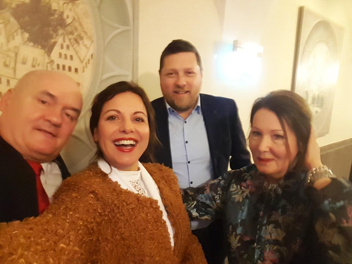 mit dem Vizepräsidenten des Ungarischen Parlaments, Csaba Hende