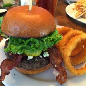 Oaks Grille Burger