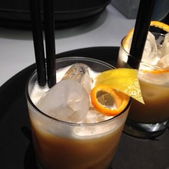 Achrome-dolce alcolico-pasticceria Bompiani-Roma- dolce monocromatico-Giardini d'Amore-Liquori -mandorla d'Avola- omaggio a Manzoni