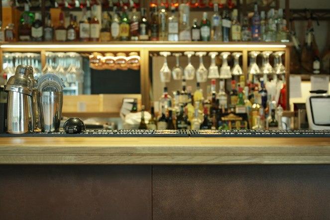 DETTAGLI LOCALE-Cocktail bar
