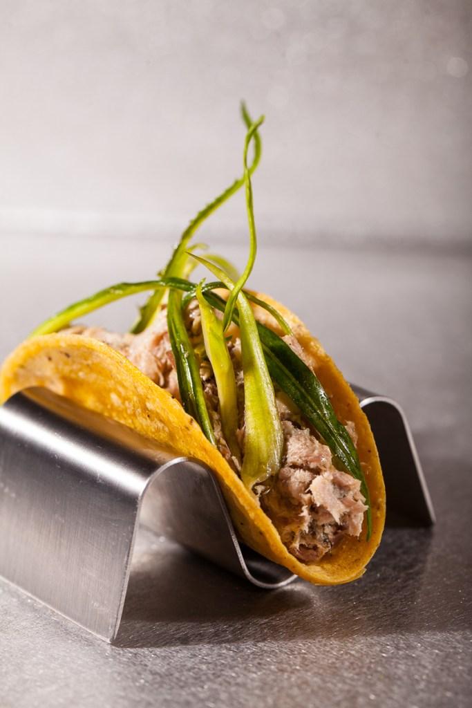 tacos-porchetta-e-puntarelle