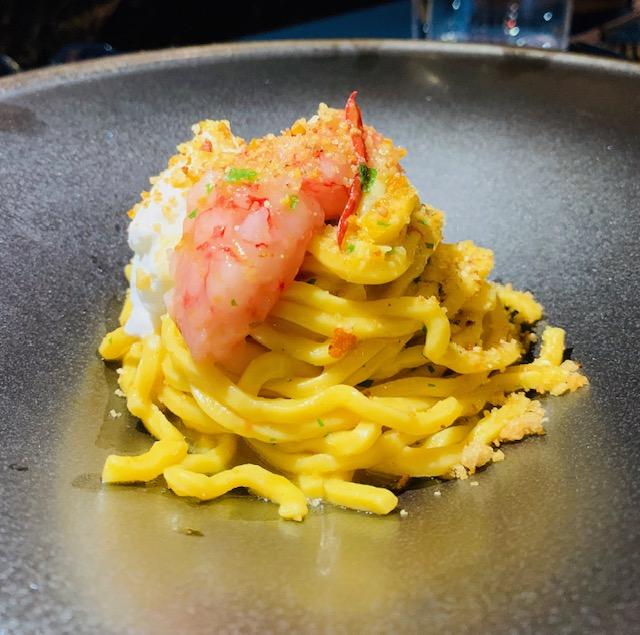 ristorante-amami-fusion-roma- spaghetti-aglio-olio-peperoncino-gamberi-rossi- porzione intera