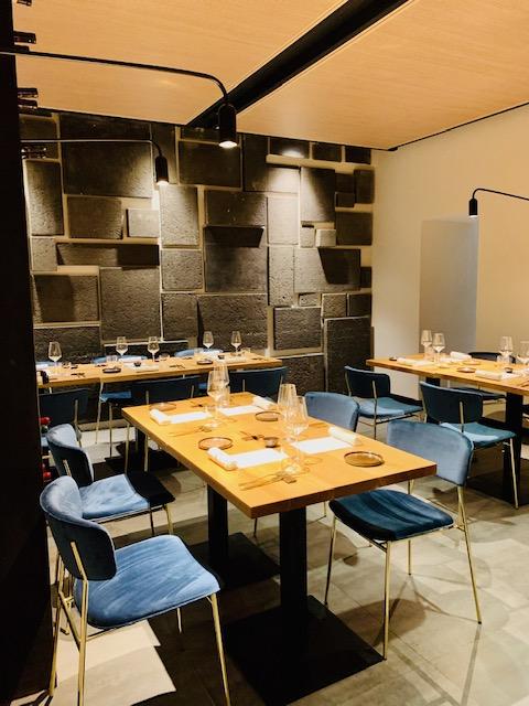 veduta interna sala ristorante Almatò