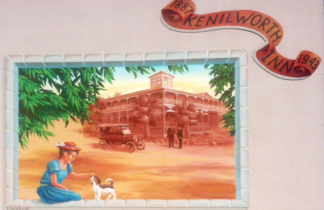 Kenilworth Inn Corner Attraction