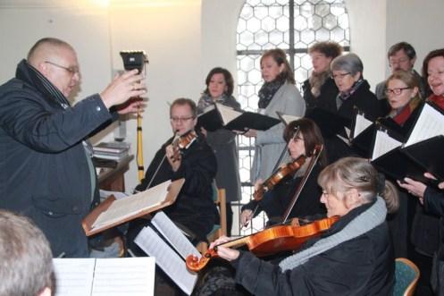 Mit Chor und Orchester wird die neue Hauser-Orgel eingeweiht. Foto: Ramona Schittenhelm
