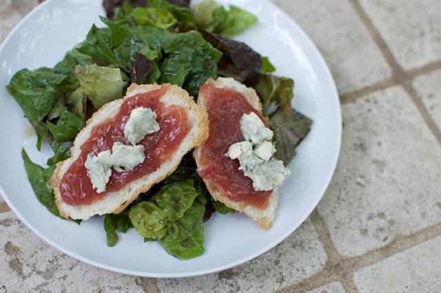 rhubarb blue cheese crostini