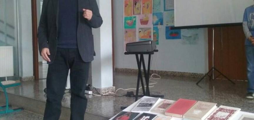"""FOTO: U OŠ """"Ivan Mažuranić"""" Gračac obilježen Mjesec hrvatske knjige"""