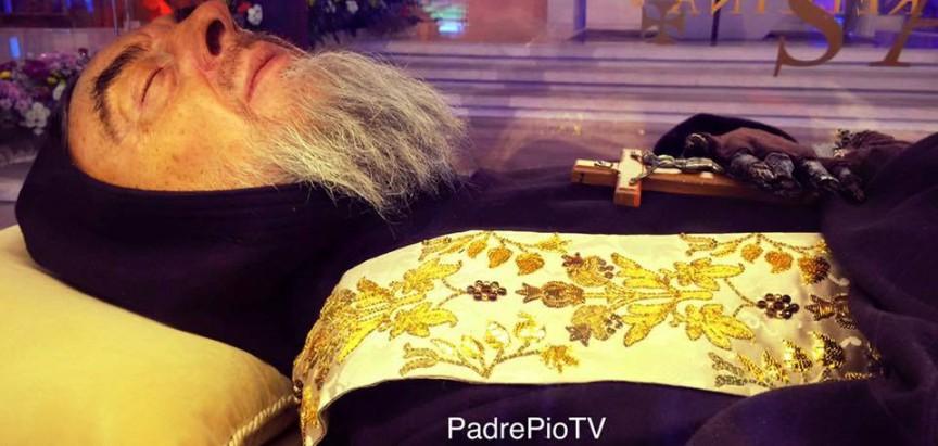 9 milijuna vidjelo sačuvano tijelo Padre Pia