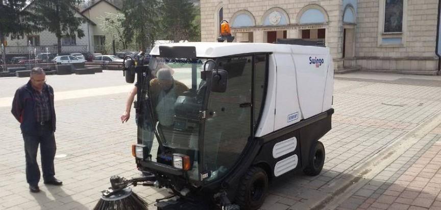 """JKP """"Vodograd"""" nabavilo samohodnu čistilicu"""