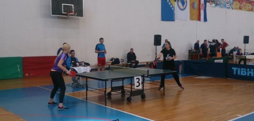 Arnela Manov osvojila prvo mjesto na Međunarodnom turniru u stolnom tenisu u Čitluku